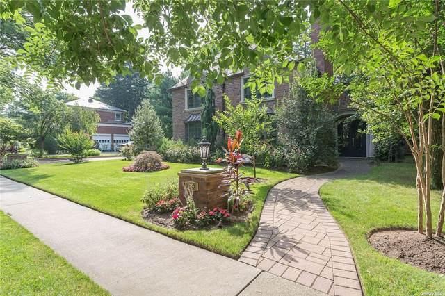 19 S Somerset Drive, Great Neck, NY 11020 (MLS #3322773) :: Carollo Real Estate