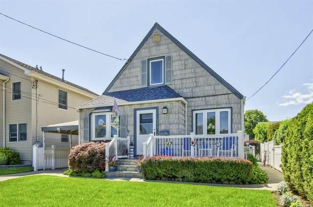 211 Evelyn Road, Mineola, NY 11501 (MLS #3322886) :: Carollo Real Estate