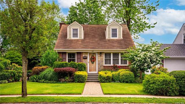 237 Dow Avenue, Carle Place, NY 11514 (MLS #3323013) :: RE/MAX Edge