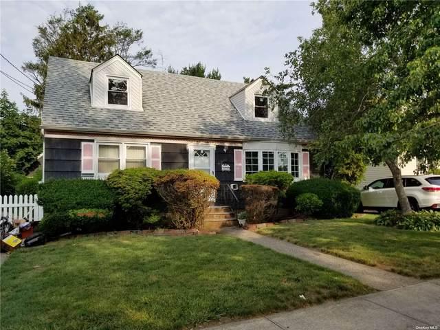 390 Lenox Avenue, Uniondale, NY 11553 (MLS #3323023) :: Signature Premier Properties