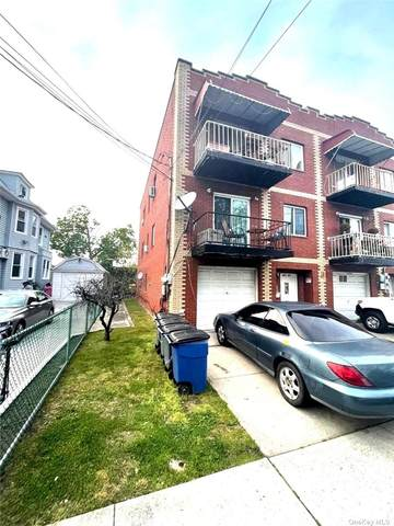197-27 Hiawatha, Hollis, NY 11423 (MLS #3323055) :: Carollo Real Estate