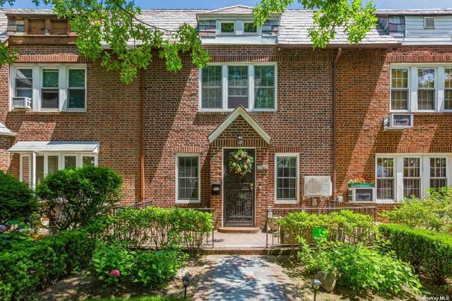 96-06 68 Avenue, Forest Hills, NY 11375 (MLS #3323444) :: Kendall Group Real Estate   Keller Williams