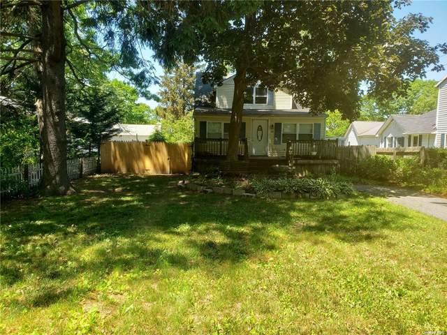 43 Highview Avenue, Selden, NY 11784 (MLS #3323770) :: Kendall Group Real Estate   Keller Williams