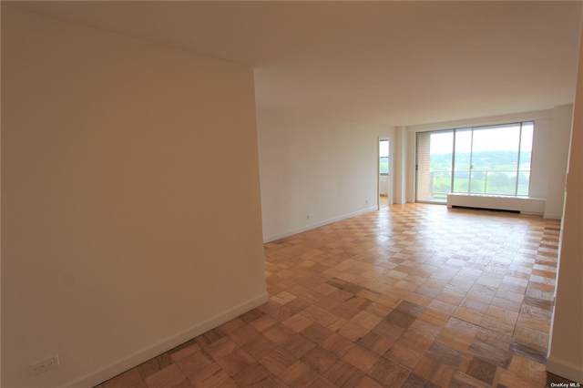61-20 Grand Central Parkway C1005, Forest Hills, NY 11375 (MLS #3323856) :: Carollo Real Estate