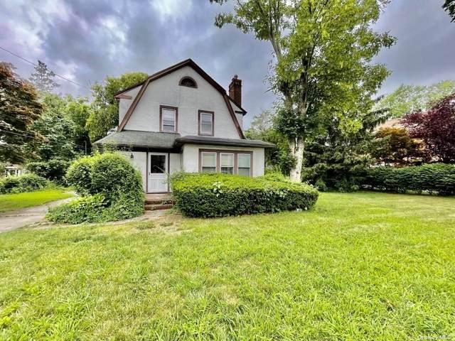 60 Oakland Avenue, Port Washington, NY 11050 (MLS #3324263) :: McAteer & Will Estates   Keller Williams Real Estate