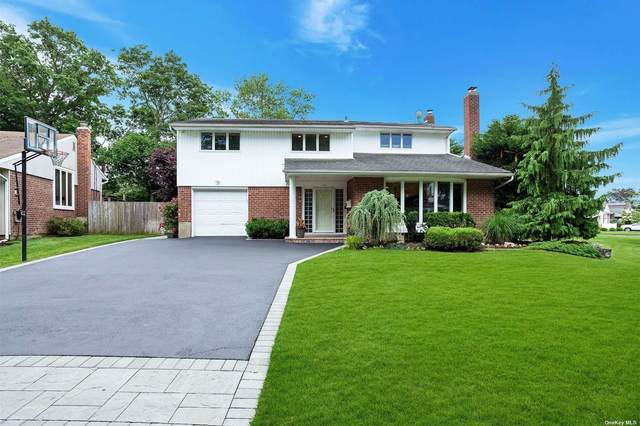 16 Robin Court, Plainview, NY 11803 (MLS #3324273) :: McAteer & Will Estates   Keller Williams Real Estate