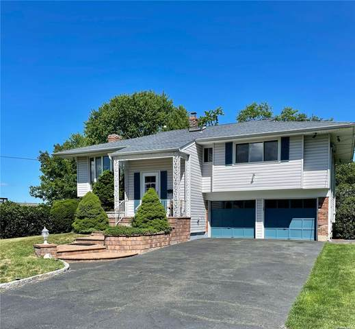 6 Seawanhaka, Oyster Bay, NY 11771 (MLS #3324320) :: The Clement, Brooks & Safier Team