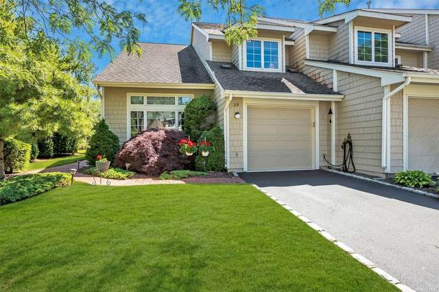 29 Cedar Ridge Lane #29, Bay Shore, NY 11706 (MLS #3324494) :: Howard Hanna Rand Realty