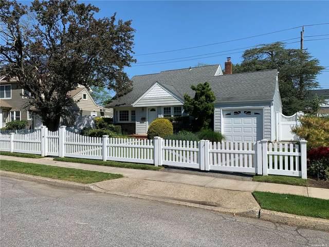 3495 N Princeton Drive, Wantagh, NY 11793 (MLS #3325083) :: Carollo Real Estate