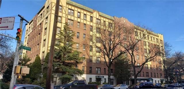115-25 Metropolitan Avenue #215, Kew Gardens, NY 11418 (MLS #3326127) :: Carollo Real Estate