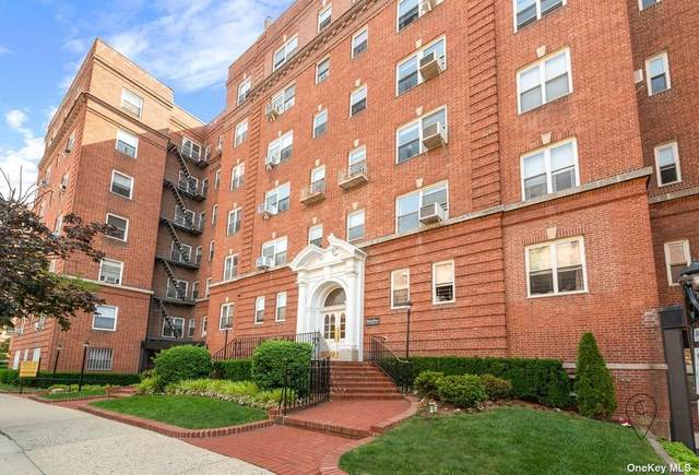 69-11 Yellowstone Boulevard A1, Forest Hills, NY 11375 (MLS #3326375) :: Laurie Savino Realtor