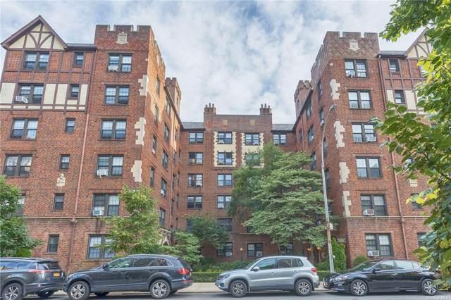 68-20 Burns Street C3, Forest Hills, NY 11375 (MLS #3326384) :: Howard Hanna | Rand Realty