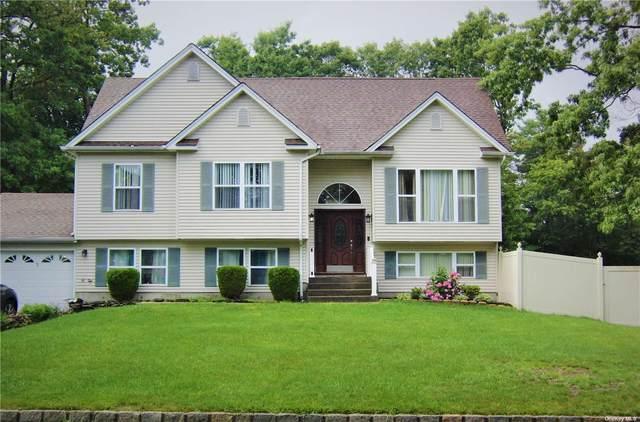 1 Nicole Lane, Coram, NY 11727 (MLS #3326923) :: Carollo Real Estate
