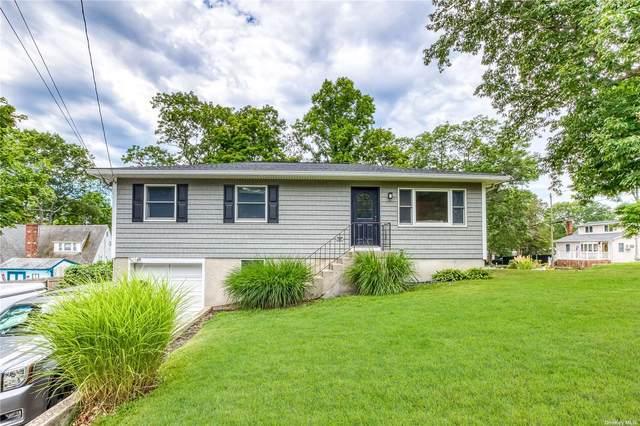 6 Sunburst Drive, Rocky Point, NY 11778 (MLS #3327052) :: Carollo Real Estate