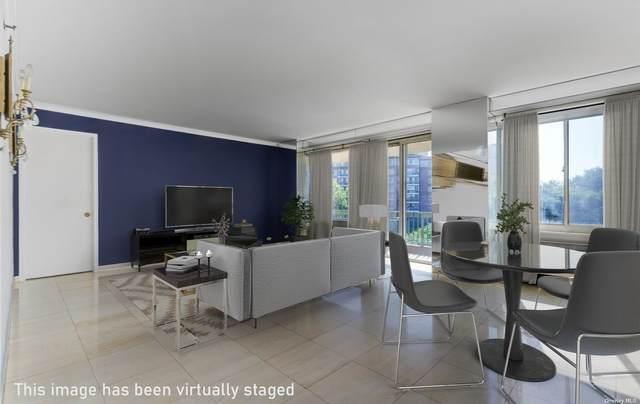 111 Cherry Valley Avenue #506, Garden City, NY 11530 (MLS #3327156) :: Cronin & Company Real Estate