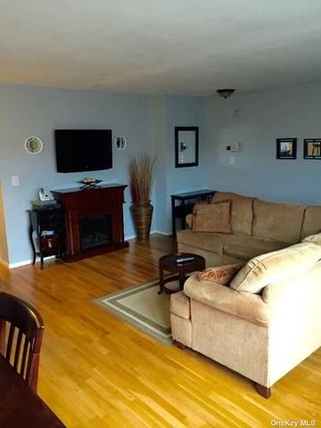 4009 Wilshire Lane G9, Oakdale, NY 11769 (MLS #3327395) :: Howard Hanna | Rand Realty