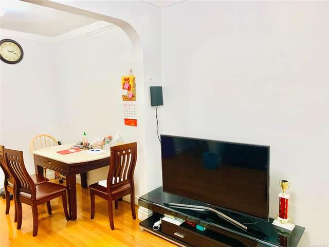 92-16 Whitney Ave #402, Elmhurst, NY 11373 (MLS #3327934) :: Carollo Real Estate