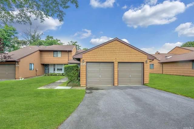 135 Scarlett Drive #135, Commack, NY 11725 (MLS #3328213) :: Howard Hanna | Rand Realty