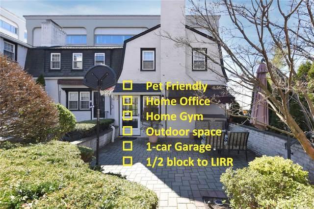 19 Barstow Road A, Great Neck, NY 11021 (MLS #3328316) :: Carollo Real Estate