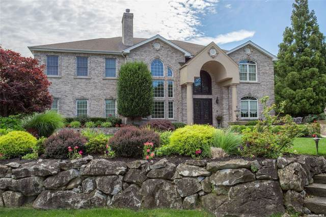28 Meadow Glen Road, Fort Salonga, NY 11768 (MLS #3328704) :: Goldstar Premier Properties