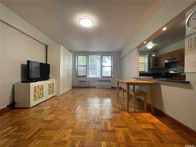 144-63 35th Avenue 2J, Flushing, NY 11354 (MLS #3328813) :: Carollo Real Estate