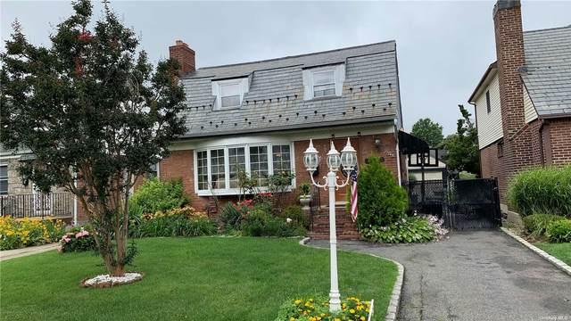 75-32 181st Street, Fresh Meadows, NY 11366 (MLS #3329027) :: Cronin & Company Real Estate