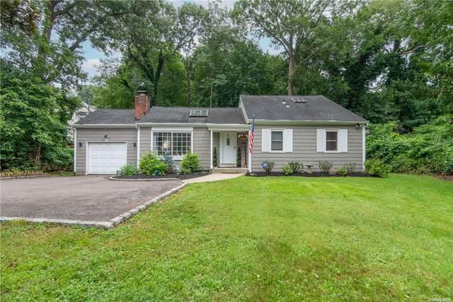152 Christian Avenue, Stony Brook, NY 11790 (MLS #3330025) :: Carollo Real Estate