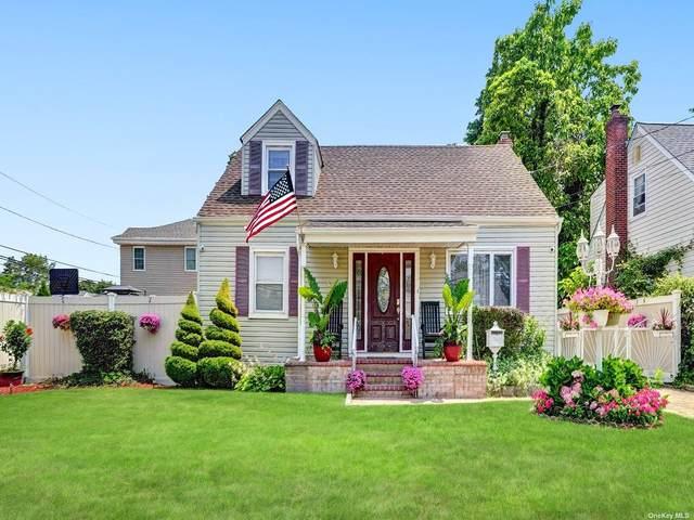 199 Pamlico Ave, Uniondale, NY 11553 (MLS #3330375) :: Goldstar Premier Properties