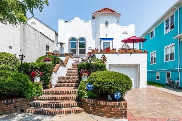 323 E Walnut Street, Long Beach, NY 11561 (MLS #3330998) :: Carollo Real Estate