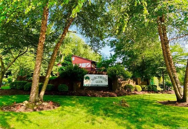 11 Glen Hollow Drive D56, Holtsville, NY 11742 (MLS #3331801) :: Howard Hanna Rand Realty