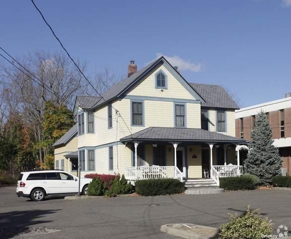 88 Maple Avenue, Smithtown, NY 11787 (MLS #3332133) :: Corcoran Baer & McIntosh