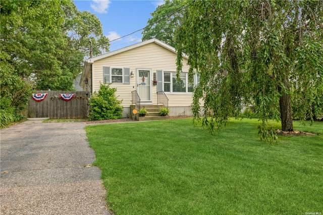 308 Mooney Pond Road, Farmingville, NY 11738 (MLS #3332160) :: Barbara Carter Team