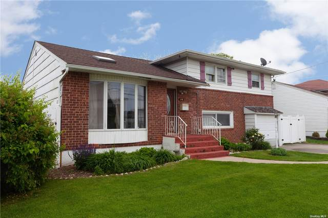 449 Roosevelt Avenue, Freeport, NY 11520 (MLS #3332505) :: Goldstar Premier Properties