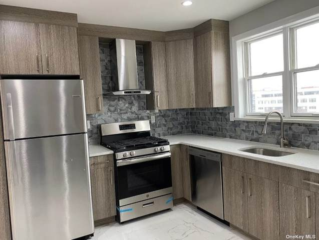 31-12 38th Avenue 6G, Long Island City, NY 11101 (MLS #3332705) :: Goldstar Premier Properties