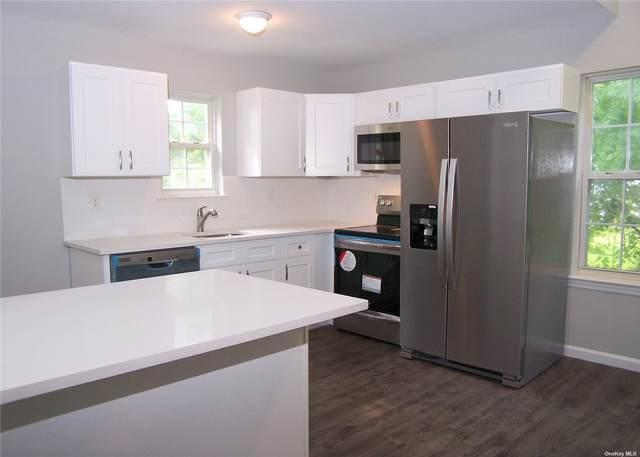 436 Maure Avenue, E. Patchogue, NY 11772 (MLS #3332707) :: Barbara Carter Team