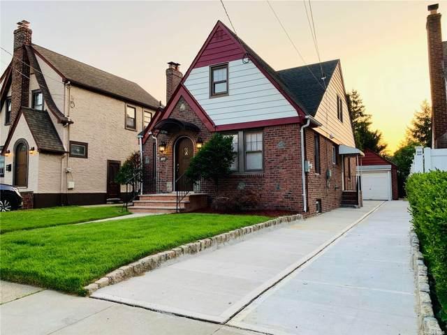 182 N Grove Street, N. Valley Stream, NY 11580 (MLS #3332710) :: Prospes Real Estate Corp