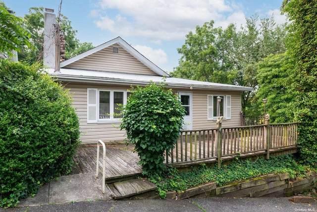 135 Adams Street, Sea Cliff, NY 11579 (MLS #3332731) :: Prospes Real Estate Corp