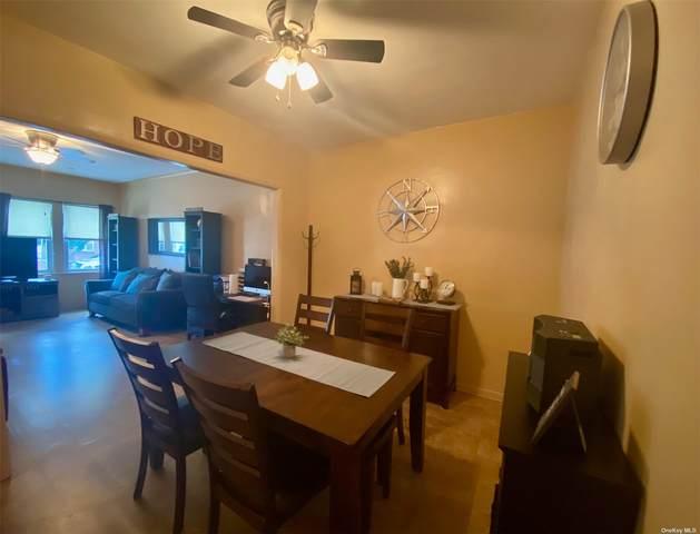 6426 Metropolitan Ave, Middle Village, NY 11379 (MLS #3332737) :: Prospes Real Estate Corp