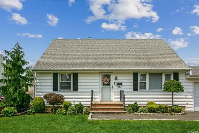 25 Woodhollow Road, Albertson, NY 11507 (MLS #3332864) :: Howard Hanna | Rand Realty