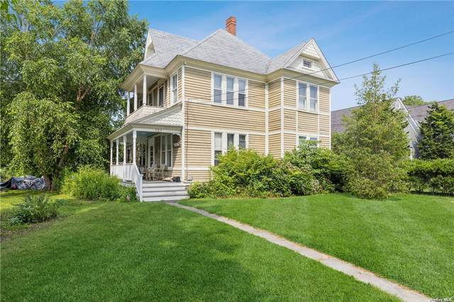 727 1st Street, Greenport, NY 11944 (MLS #3333260) :: Goldstar Premier Properties