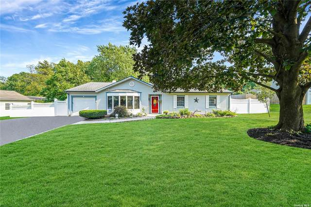 4 Bradley Drive, Shoreham, NY 11786 (MLS #3333830) :: The Home Team