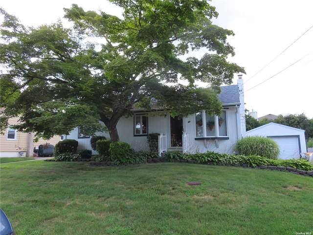 47 Beaver Lane, W. Babylon, NY 11704 (MLS #3333842) :: Goldstar Premier Properties