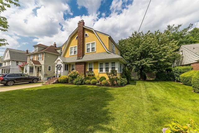 87 Walnut Avenue, Rockville Centre, NY 11570 (MLS #3333921) :: Signature Premier Properties
