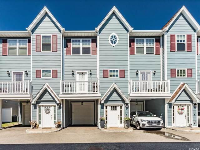 9 Hearthstone Court #9, Farmingdale, NY 11735 (MLS #3334004) :: Howard Hanna | Rand Realty