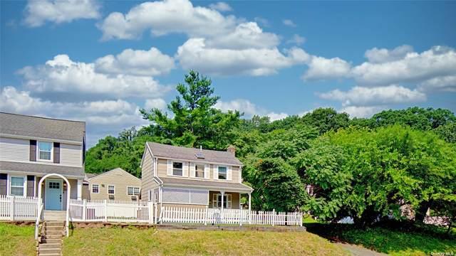 302 Pine Hollow Road, Oyster Bay, NY 11771 (MLS #3334023) :: Goldstar Premier Properties