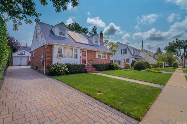 148 Manor Avenue, Westbury, NY 11590 (MLS #3334069) :: Mark Seiden Real Estate Team