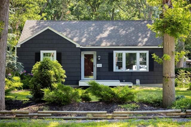 121 Hewlett Avenue, E. Patchogue, NY 11772 (MLS #3334091) :: Mark Seiden Real Estate Team
