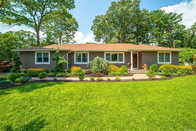 527 Peters Boulevard, Brightwaters, NY 11718 (MLS #3334097) :: Carollo Real Estate