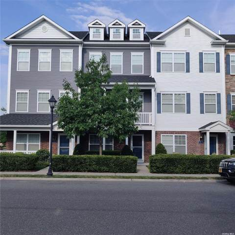8 Lager Lane #8, Patchogue, NY 11772 (MLS #3334113) :: Signature Premier Properties