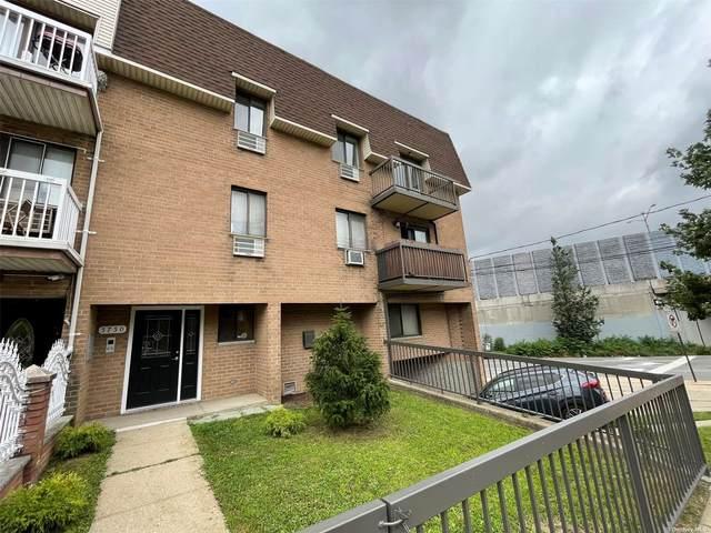 57-50 74th Street, Middle Village, NY 11379 (MLS #3334147) :: Mark Seiden Real Estate Team